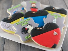 """Star Trek Valentine's Day coOkies (or any day) ~ I would know I had found my one & only if they knew I would find these the most romantic thing EVER! ~ Be still my beating heart! ~ Plus, the link has great step-by-step pictures & instructions to walk you through creating these bad boys from start to finish! ~ Check out all her designs for this post like: """"Set Phasers to Stunning"""" & """"Beam Me Up Hottie"""" ~ ♥"""