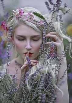 ❖இ Cradle of Beauty இ❖ Fantasy Photography, Fine Art Photography, Images Esthétiques, Foto Gif, Photo Portrait, Beltane, Beautiful Images, Character Inspiration, Fantasy Art