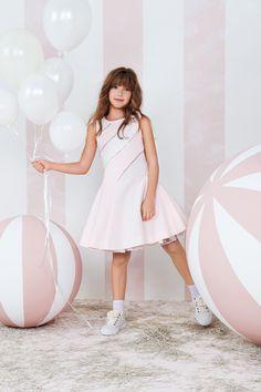MONNALISA COUTURE Spring Summer 2016 #Monnalisa #Couture #fashion #kids #childrenswear #girls #style #specialoccasion #bridesmaid