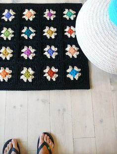 Crochet rugGranny Square Black by lacasadecoto on Etsy