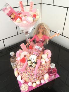 Pink Gin Birthday Cake Cocktail Recipes, Cocktails, Birthday Cakes, Birthday Parties, 21st Party, Princess Birthday, Gin, Cake Ideas, Cake Decorating