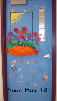 Teacher Appreciation Door Decorations-this would be cute to put pictures of the kids in the flowers . . .