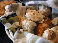 Two-Ingredient Drop Biscuits. Mix self-rising flour and milk in a ratio, drop by tablespoonfuls into greased cake pan, bake at for 20 minutes. 2 Ingredient Biscuits, 2 Ingredient Recipes, Homemade Biscuits From Scratch, How To Make Biscuits, Making Biscuits, Old Recipes, Baking Recipes, Cheap Recipes, Healthy Recipes