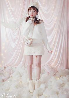《新作》ふんわりハイネックニット-全2色-T1324|Winter Collection | Bobon21(ボボンニジュウイチ)