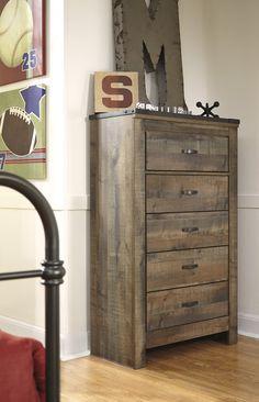 DIY Wood Pallet Dresser