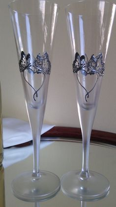 Set of 2 hand painted champagne flutes by PaintedGlassBiliana, $36.00