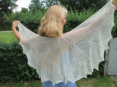 Ravelry: Bequin pattern by Ydun