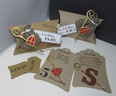 Marianne Design, Winter Theme, Gift Packaging, December, Projects To Try, Wraps, Presents, Gift Wrapping, Place Card Holders