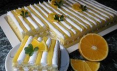 Úžasný citrusový dezert s krémovou plnkou z pudingu | Báječné recepty Czech Recipes, Healthy Deserts, Bakery, Dessert Recipes, Lemon, Food And Drink, Sweets, Cheese, Chocolate
