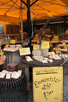 Viktualienmarkt Fromage | photography by http://www.entouriste.com