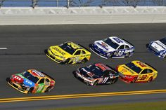 Kyle Busch leads the pack during Sprint Unlimited practice. The 2013 season is here!!