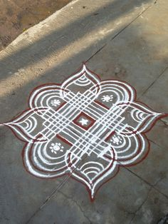 Indian Rangoli Designs, Simple Rangoli Designs Images, Rangoli Designs Latest, Rangoli Designs Flower, Rangoli Designs With Dots, Flower Embroidery Designs, Beautiful Rangoli Designs, Rangoli Colours, Rangoli Patterns