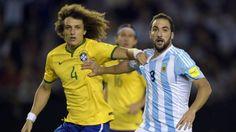 David Luiz deixa Seleção Brasileira e viaja para Paris