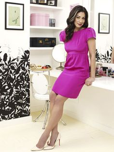 Stacy London looks amazing in this dress. Beautiful color!
