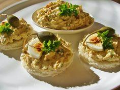 V kuchyni vždy otevřeno ...: Tuňáková pomazánka s kapary Baked Potato, Potatoes, Baking, Ethnic Recipes, Food, Potato, Bakken, Essen, Meals