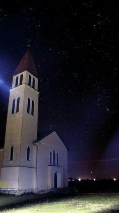Ecsegfalva katólikus templom. Bere Gyula fotója
