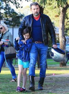 Ben Affleck kept close to daughter Seraphina at a park in Beverly Hills on Jan. 27. - Broadimage/REX/Shutterstock