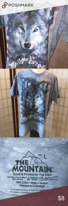 Wolf T-Shirt Wonderful light blue the-dye shirt with a wolf pack and USA flag. Tops Tees - Short Sleeve