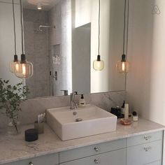 A Second Stockholm Home Bathroom Toilets, Bathroom Renos, Bathroom Interior, Bathroom Inspo, Bathroom Inspiration, Cosy Decor, White Room Decor, European Home Decor, Minimalist Bathroom