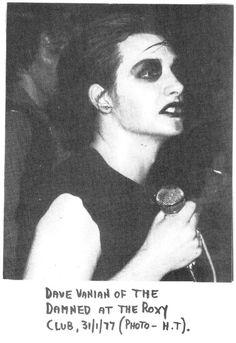 The Damned: Dave Vanian at the Roxy Club, Sniffin Glue Zine January 1977 Vintage Goth, British Punk, Mode Steampunk, Goth Music, Gothic Rock, Britpop, Punk Goth, School Pictures, Cinema