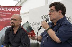 Sábado, 19 de Octubre 2013. Presentación del libro Oceanum de Juan Miguel Aguilera y Rafael Marin en la XIII Feria Internacional del Libro del Zócalo de la Ciudad de Mexico.  Foto: Abril Cabrera/Secretaria de Cultura