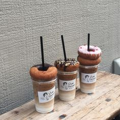 Are you a fan of Iced Coffee and doughnuts? That sounds so delicious and we cant have them right now . Yummy Drinks, Yummy Food, Think Food, Cafe Food, Coffee Cafe, Iced Coffee, Coffee Drinks, Aesthetic Food, Dessert Recipes