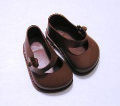 Vintage Cinderella No. 0 Brown Doll Shoes by by VictorianWardrobe, $5.99