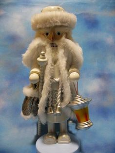 || Steinbach 2014 White Winter Santa Nutcracker || NS1653 #Steinbach #nutcrackers #santa