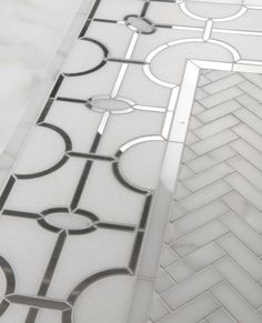 Tile pattern carried by Anna Marie Fanelli - www.annamariefanelli.com