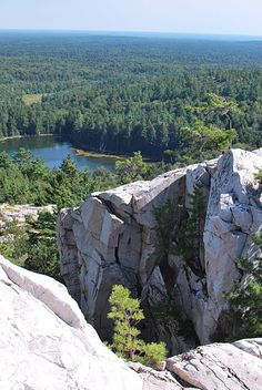 Killarney Provincial Park, Ontario, did a 6 days hike, most beautiful views, toughest challenge of my life