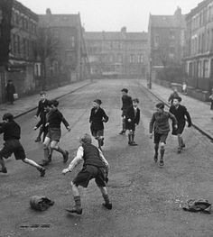 In London in the 1950's and early 1960's, children playing in the side streets was a common sight.   — londoninthe60s.net