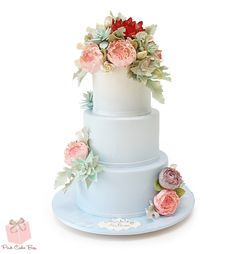 Light blue to white ombre cake