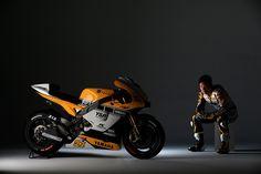 中須賀克行選手、日本グランプリ直前インタビュー 「集中し100%力を出し切る。それが僕のスタイル」 | 2015 日本GP スペシャルサイト | ヤマハ発動機株式会社