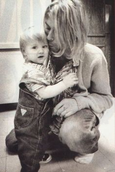 Kurt Cobain and Frances Bean Cobain http://25.media.tumblr.com/b12ff32f792341c143e645379e6cf9b7/tumblr_mfvk2pXdiu1qz9qooo1_500.jpg