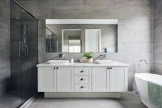 hamptons bathroom Boutique Homes - Hamptons Style. Hampton Style Bathrooms, Shower Cubicles, Bathroom Styling, The Hamptons, Bathroom Inspiration, Amazing Bathrooms, Display Homes, Bathroom Design, Bathroom