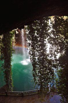 Path behind Düden Waterfalls near Antalya, Turkey (by manrezaei).