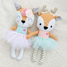 This listing is for one handmade deer doll. Doll is made using quality cotton fabrics, fleece, and Sewing Crafts, Sewing Projects, Doll Face Paint, Fabric Toys, Creation Couture, Sewing Dolls, Cute Toys, Plush Animals, Custom Dolls
