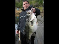a252f85d88711 Bass Fishing tips and videos for largemouth and Smallmouth bass fishing in  lakes and rivers