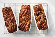 Cinnamon Babka, What To Cook, Baked Goods, Breads Bakery, Yummy Food, Favorite Recipes, Meals, Desserts, Dessert Recipes