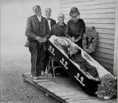 Feliz Ano Velho: O Realismo Grotesco de Laurice Lipton