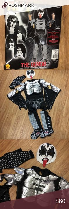 Rubies Gene Simmons KISS The Demon Costume M 8/10 Gene Simmons kiss costume the demon. This costume size 8 to 10. This costume includes the jumpsuit with boot tops, belt and mask. #Kiss #GeneSimmons #Halloween Rubie's Costumes Halloween