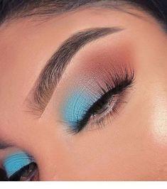 Makeup Eye Looks, Eye Makeup Art, Blue Eye Makeup, Makeup Eyeshadow, Eyeshadow Palette, Clown Makeup, Skull Makeup, 60s Makeup, Dramatic Makeup