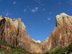 Hiking on the Colorado Plateau, Calendar Sheet February: Zion: Sand Bench Trail