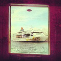 Star Cruises Star Pisces in Hong Kong Star Pisces, Cruises, Hong Kong, Singapore, Ship, Stars, Books, Painting, Libros