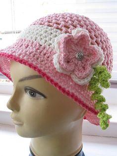 crochet hat by Hookortwo on Etsy, €15.00