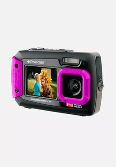 Capture all of life's important moments with this Coleman 20 MP Waterproof Digital Camera. With a digital display and video function, this waterproof camera offers an LCD dual screen with a built-in flash and built-in wide angle lens. Dslr Photography Tips, Underwater Photography, Photography Equipment, Landscape Photography, Portrait Photography, Wedding Photography, Best Underwater Camera, Underwater Video, Vga Video
