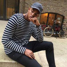 Teen Boy Fashion, Mens Fashion, Its A Mans World, Mens Trends, Dapper Gentleman, Men's Wardrobe, Fashion Updates, Fitness Models, Style Inspiration