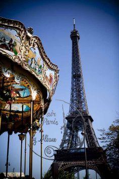 #TourEiffel #Eiffeltower #Paris #carousel Albane L photography