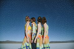 a nossa nova coleção de verão 'o futuro será feito à mão', é inspirada numa nova percepção de mundo, mais humana e afetiva.