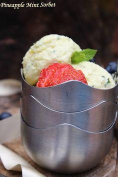 Jagruti's Cooking Odyssey: Pineapple Mint Sorbet/Sherbet !